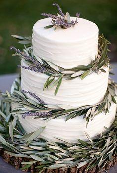 Γαμήλια Τούρτα με λιόκλαδα, σε φθηνοπωρινά χρώματα