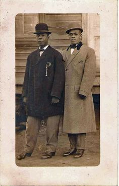 African American men, sharply dressed, with bowler/derby hats, early Black Power, Vintage Photographs, Vintage Photos, American Photo, American Fashion, Afro, La Mode Masculine, Lookbook, African History