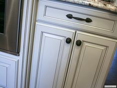 Paint Glaze White Kitchen Cabinets