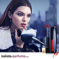 Offrez à vos lèvres une profondeur, une réelle dimension et une définition en un seul geste.  Le révolutionnaire Pure Color Envy Rouge fluide vous offre l'intensité d'un rouge à lèvres sous forme d'un liquide longue durée avec l'application facile d'un gloss et le confort d'un baume. Des lèvres luxueusement hydratées toute la journée pour un look sensuel et une sensation riche.