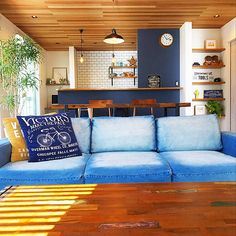 Outdoor Sofa, Outdoor Furniture, Outdoor Decor, Surf Style, California Style, Home Hacks, Loft, Couch, Throw Pillows