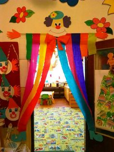 34 Clown arts and crafts ideas - Aluno On Kids Crafts, Clown Crafts, Carnival Crafts, Carnival Themes, Circus Theme, Diy And Crafts, Arts And Crafts, Circus Clown, Decoration Cirque