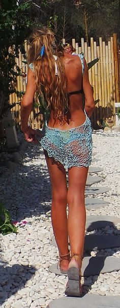 beach dress / Turquoise / boho / bikini cover up / backless dress / knit dress Motif Bikini, Bikini Pattern, Bikini Cover Up, Bikini Tops, Robe Diy, Turquoise Dress, Beach Covers, Size 16 Dresses, Diy Dress
