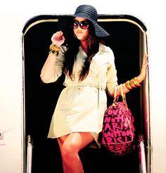 Furniture shopping kourtney kardashian and kim kardashian on
