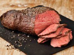 Paahtopaisti Food N, Food And Drink, Eat To Live, People Eating, Steak, Beef, Baking, Recipes, Koti