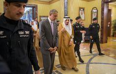 Obama and King Salman of Saudi Arabia Meet, but Deep Rifts Remain - The New York Times