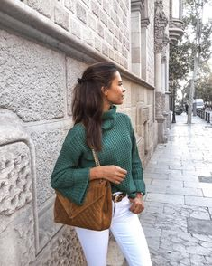 nake it is ⚡️ Dress & boots fro Green Turtleneck, Turtleneck Outfit, Trendy Outfits, Cute Outfits, Fashion Outfits, Womens Fashion, Dress With Boots, Green Fashion, Everyday Outfits