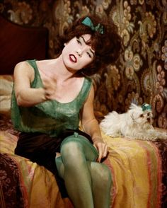Shirley MacLaine in Irma, la Douce directed by Billy Wilder, 1963 Hollywood Glamour, Classic Hollywood, Old Hollywood, Good Girl, Catherine Deneuve, Orry Kelly, Celebrities In Stockings, Green Stockings, Billy Wilder