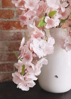 Artificial Cherry Blossom in Pastel Pink - Tall Spring Wedding Centerpieces, Spring Wedding Flowers, Flower Bouquet Wedding, Pastel Flowers, Pastel Pink, Wedding Cales, Wedding Reception Backdrop, Bridesmaid Flowers, Cherry Blossoms