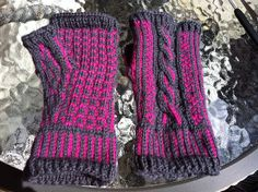 """Ravelry: """"Check This Out!"""" Fingerless mittens pattern by Sofia Ehn"""