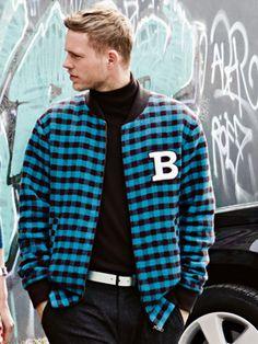 burda style, Schnittmuster Männer - Collegejacke mit Zipper und Rippenbündchen, Nr. 134 aus 09-2014 - Foto: Nicole Neumann