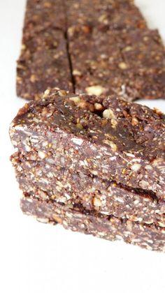 Barres de céréales énergétiques façon brownies