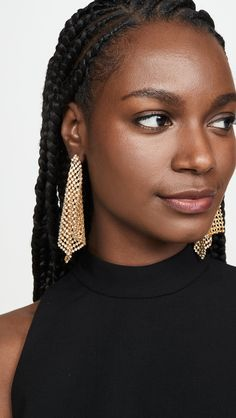 Protective Styles For Natural Hair Discover BaubleBar Diana Drop Earrings Quick Hairstyles, Black Girls Hairstyles, Ponytail Hairstyles, Summer Hairstyles, Bun Updo, Dreadlock Hairstyles, Boho Hairstyles, Braided Updo, Wedding Hairstyles