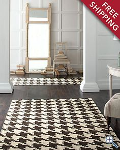 houndstooth rugs. I would love to have one of these!  It would go perfect with the new furniture in the study!!