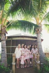 Bridal party at Coco Palms bridal suite http://amauiweddingday.com