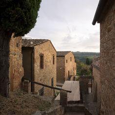 Holiday Resort Hapimag Tonda Italy  #bauzeitarchitekten #resort #hotel #renovation #swiss #architecture Resort, Mount Rushmore, Mountains, Architecture, Nature, Travel, Arquitetura, Naturaleza, Viajes
