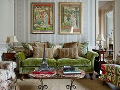 Green Velvet Sofa, Paris Apartments, Green Accents, Living Spaces, Living Rooms, Furniture Styles, Humble Abode, Decor Styles, Mid-century Modern