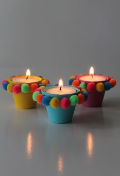 Cute Pom Pom Pot Votives this tutorial shows you step by step how to make darling candle holders that are easy and frugral. Diwali Decoration Items, Thali Decoration Ideas, Diwali Decorations At Home, Festival Decorations, Diy Crafts Hacks, Diy Home Crafts, Diy Arts And Crafts, Creative Crafts, Decor Crafts