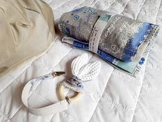 Porta-pannolini in tessuto, giochino orecchie di coniglio e portaciuccio - changing bag, bunny-ears teether and chain pacifier