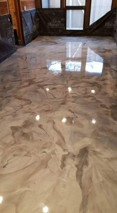 100 Metallic Floor Ideas With Free Video Instructions - Concrete stained floors - Metallic Project Photo Contest October – November 2016 by SureCrete - Painted Concrete Floors, Painting Concrete, Stained Concrete, Cement Floors, Plywood Floors, Concrete Lamp, Epoxy Floor Basement, Painting Basement Floors, Garage Epoxy