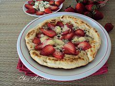 http://blog.giallozafferano.it/chezazzurra/pizza-alle-fragole-e-gorgonzola/