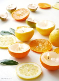 Learn to make these super QUICK & EASY DIY citrus candles for your next party, using materials you probably already have at home! - BirdsParty.com