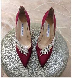 Burgundy Manolo Blahnik heels with crystal embellishments- bridal shoes idea Pretty Shoes, Beautiful Shoes, Cute Shoes, Me Too Shoes, Dead Gorgeous, Hello Beautiful, Dream Shoes, Crazy Shoes, Designer Wedding Shoes