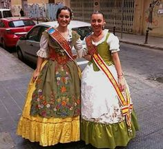 Trajes de Huertana y/o Faena Indumentaria Valenciana Fallera