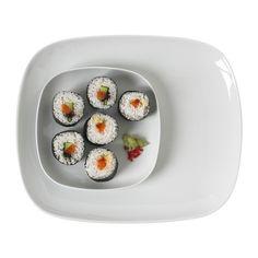 IKEA 365+ Prato IKEA Em porcelana feldspática, o que torna o prato resistente a impactos e duradouro.