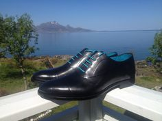 What shoes to wear for your wedding?  We suggest, both elegant and understated. Your bride should be the star of this special day. Here we have classic Oxfords, hand coloured charcoal grey. The turquoise laces add a subtle touch of flair. Photo: courtesy of our customer Henrik - Norway.