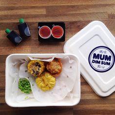 """Avec @paulinedelamotte, nous avons testé le """"Mum Dim Sum"""" proche de notre bureau! My god les bouchées vapeurs sont delicious!"""