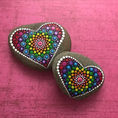 Beautiful & Unique Rock Painting Ideas , Let's Make Your Own Creativity Painted rocks have become one of the most addictive crafts for kids and adults Rock Painting Patterns, Dot Art Painting, Rock Painting Designs, Pebble Painting, Pebble Art, Stone Painting, Dot Painting On Rocks, Mandala Art, Mandala Painting