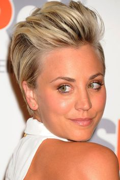 Kaley Cuoco Wows With A Quiff Short Hairstyle At The ASPCA Cocktail Party, 2014