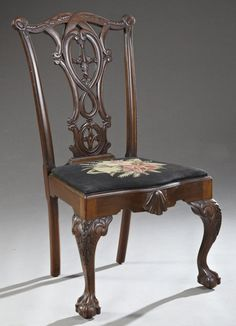 George II Style Carved Mahogany Side Chair, late c. Georgian Furniture, Colonial Furniture, Antique Furniture, Antique Dining Chairs, Pedestal Dining Table, Art Deco Furniture, Furniture Design, Sillas Chippendale, Woodworking Furniture Plans