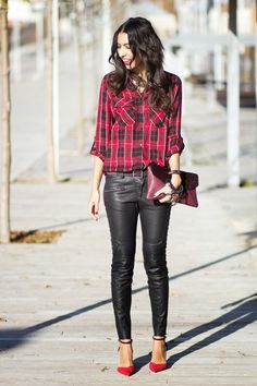 Sissy à la mode: The plaid blouse