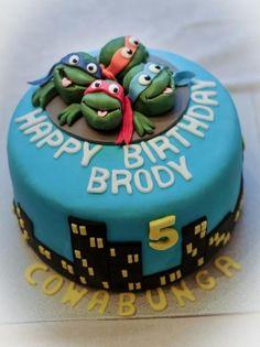 "Previous pinner said ""Teenage Mutant Ninja Turtles Birthday Cake for 5 year-old.JPG"" LOL NOPE I WANT THIS"