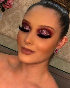 "Acquire fantastic tips on ""makeup looks"". They are accessible to you . - Acquire fantastic tips on ""makeup looks"". They are accessible to you on … - Unique Makeup, Gorgeous Makeup, Pretty Makeup, Glam Makeup Look, Makeup Eye Looks, Make Up Looks, Blonde Makeup, Hair Makeup, Bridal Makeup"