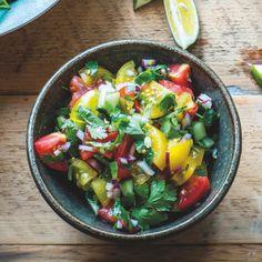 Pico de Gallo (Tomato Jalapeño Salsa) By Nadia Lim Jalapeno Salsa, Aloo Gobi, How To Cook Mushrooms, Vegan Roast, Onion Gravy, Cauliflower Curry, Fresh Salsa, Vegetarian, Ethnic Recipes
