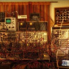 Modular synth (Wire madness)
