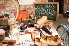 Dale Pedales, restauration et transformation de vélos à Madrid sur fixie-singlespeed.com Madrid, Velo Vintage, Restaurant, Fun, Dreams, Old Bikes, Urban Bike, Restoration, Diner Restaurant