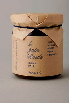 I love the simplicity through materials in the identity, packaging and art direction for Le Pain Boule, designed by Artl...