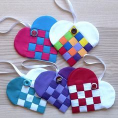Remember those paper heart pockets you made in grade school? These Holiday Heart pockets are made from fabric, and make great gift holders for candy, treats, and gift cards. Get the tutorial from WeAllSew.