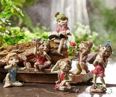 6 Pixies Garden Pixie Village Decor New Resin With Ladybug, Reading Book NEW New Books, Books To Read, Miniature Fairy Gardens, Miniature Fairies, Fairy Village, Fairy Figurines, Flower Fairies, Girl Day, Fairy Houses