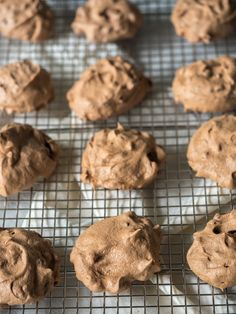 Chocolate Chip Cloud Cookies use sweetener instead of sugar, & dark or no sugar chocolate chips
