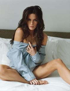 Kate Beckinsale I was wondering where my shirt was. Glad I got to see you last night ;)