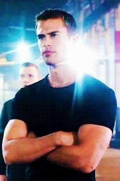 Four from Divergent (Theo James) Divergent Theo James, Divergent Four, Tris And Four, Divergent Fandom, Divergent Trilogy, Divergent Insurgent Allegiant, Divergent Quotes, Divergent Fanfiction, Divergent Funny