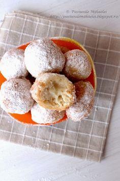 gogosi Fritters, Cake Cookies, Doughnut, My Recipes, Tiramisu, Yogurt, Cereal, Food And Drink, Cooking