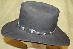 f671b6cdf4198 Vintage Custom Made Bee Hats Wool Western Black Felt Men s Cowboy Hat Size 7  1 8 57cm