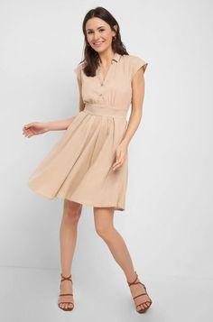 Šaty s áčkovou sukní - Béžový Business Outfits, Dresses For Work, Mom, Fashion, Business Dresses, Full Skirts, Simple Elegance, Classic Looks, Dress Work