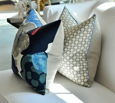 """Detail on back pillow - coordinating sides with contrasting piping for pillows (go with 20"""" pillow forms)"""